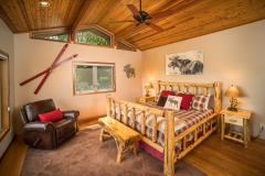Private Master Suit, King Size Bed, High Quality Linens, Awake to incredible views
